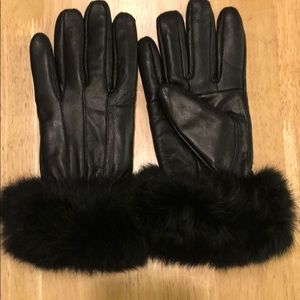 Leather Gloves with Fur Cuff